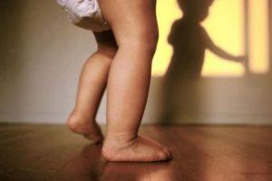 اصل كلمة تاتا خطي العتبة التي تقال للأطفال الصغار
