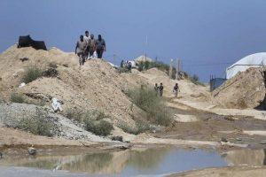 حماس تجري اتصالات مع القاهرة لوقف ضخ المياه أسفل الحدود