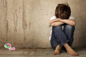 طفل لم يتجاوز العاشرة يطلب من القاضى أن يقوم بأعدام والدتة تعرف على مأساة هذا الطفل