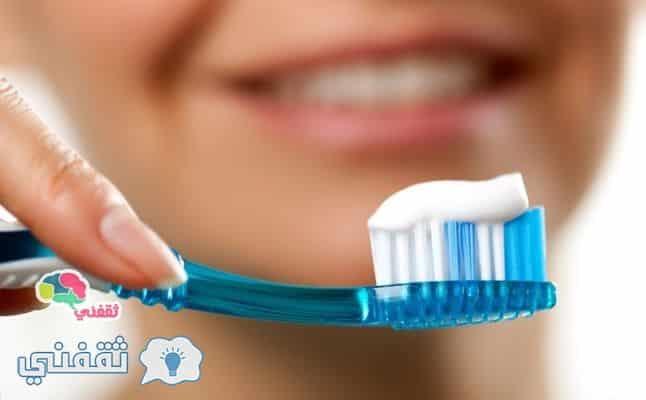 طريقه سهلة وسريعة لصنع معجون أسنان طبيعي وأمن بالمنزل