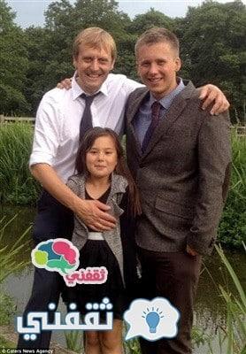 سيمون مع ابناءه