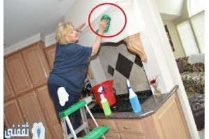 طريقة تنظيف الدهون و البخار من حوائط و أسطح المطبخ