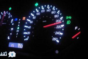 سرعة السيارة فيديو :ماذا يحدث اذا اصطدمت سياره تسير ب سرعة 200 كيلو في الساعة