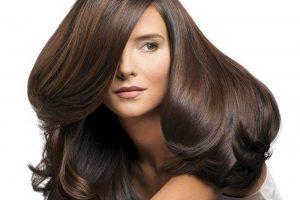 عادات سيئة تتسبب في تساقط الشعر
