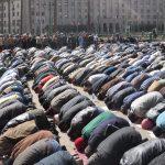 كيفية صلاة العيد وفضلها وحكم خروج النساء لأدائها موعد صلاة عيد الفطر في مصر والسعودية والكويت والإمارات وقطر