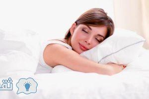 هل النوم علي البطن من المحرمات ؟؟ هل له فوائد !! ماأضراره ؟؟