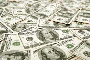 هل مازال الاستقرار يخيم علي سعر الدولار اليوم في السوق السوداء، أم أن هناك تغير ما قد حدث؟