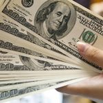 سعر الدولار ينهار أمام الجنيه المصري اليوم ويسجل 16.40 بالسوق السوداء
