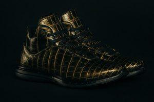 حذاء ثمنه عشرون ألف دولار أمريكي