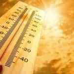 الأرصاد الجوية تحذر المواطنين من موجه حارة تضرب البلاد
