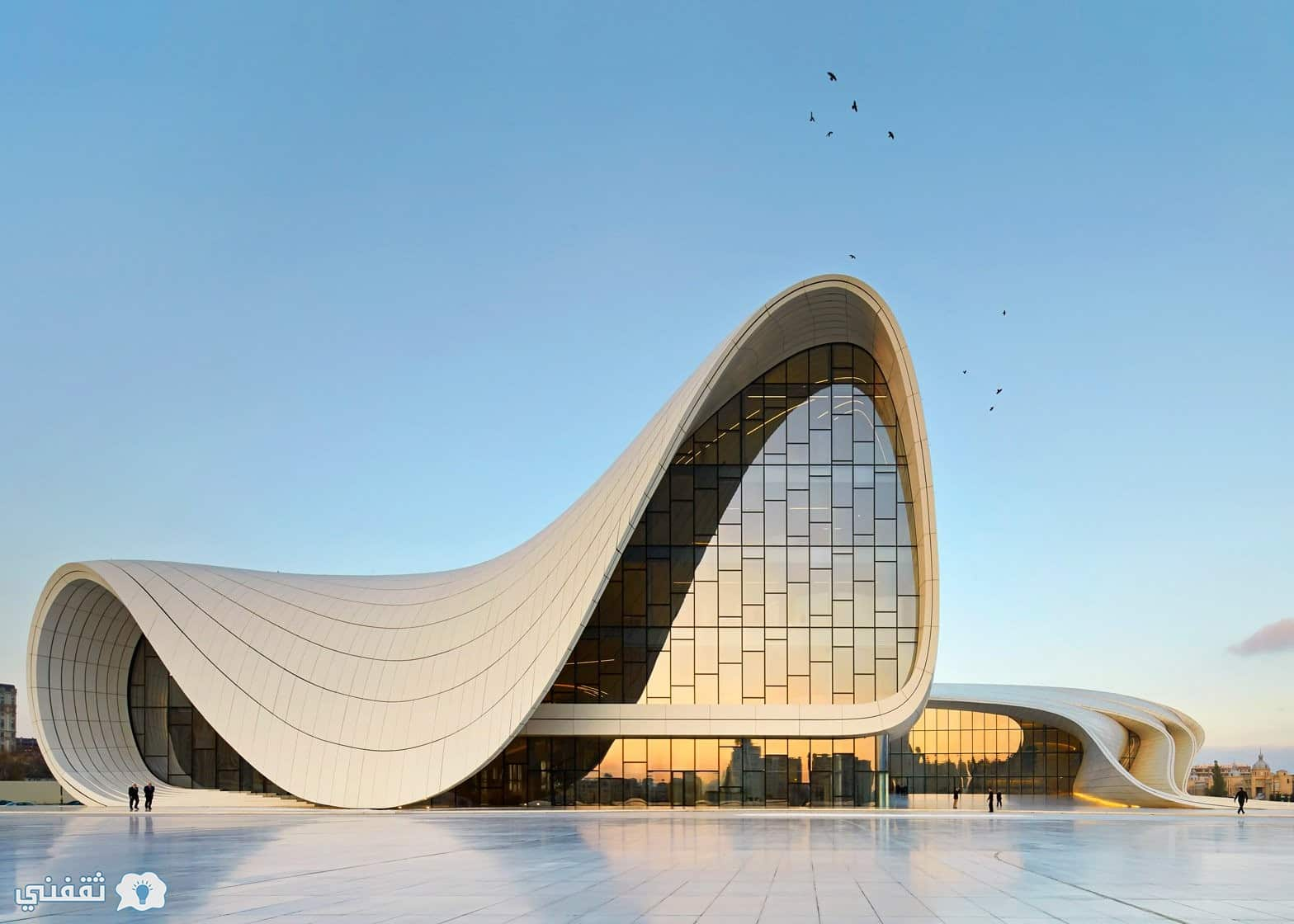 المعمارية زها حديد