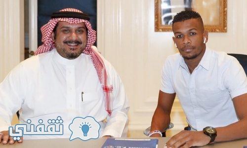 علي البليهي لاعبا لفريق الهلال السعودي تعرف على قيمة الصفقة ومدة التعاقد