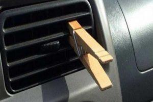 """حيلة بسيطة لتعطير الهواء الخارج من اجهزة التكييف باستخدام """"مشبك خشبى"""""""
