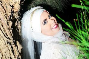 فتاة تقييم حفل زفاف لنفسها بدون عريس والسبب غريب