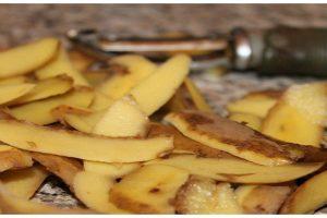 لا ترمي قشر البطاطس بعد الآن، تعرف على ما يمكن أن تفعله بالقشر