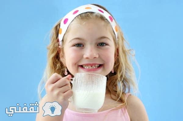 كيف تجعلي طفلك يشرب الحليب