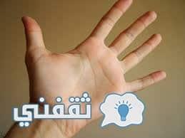 لن تصدق عدد أسماء الله الحسني وعمر الرسول علي يد كل انسان