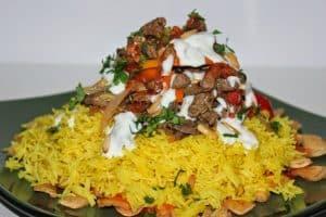 خطوات عمل فتة الشاورما السورية وتكات سرية لتقديم ألذ طبق فتة