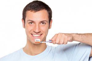 تحذير من خطورة عدم «تنظيف الأسنان» التي تؤدي للإصابة بهذا المرض الخطير