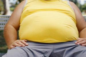 خطر السمنة وأثارها الجانبية على الصحة