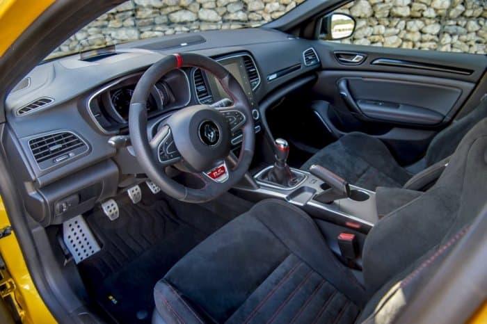 صور السيارة رينو ميجان 2019