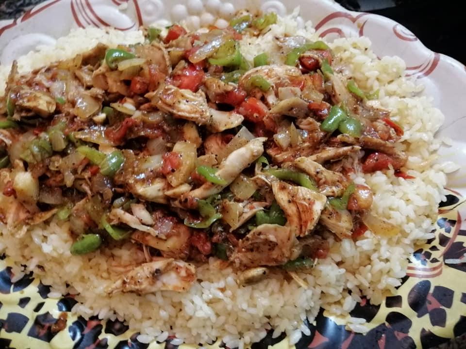 من افكار إعادة تدوير بقايا الأكل البايت حنستغل بقايا الأرز والدجاج لعمل طبق هائل