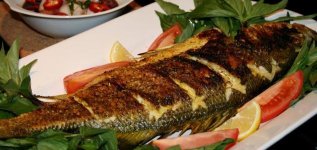 سمك الماكريل المشوي في الفرن