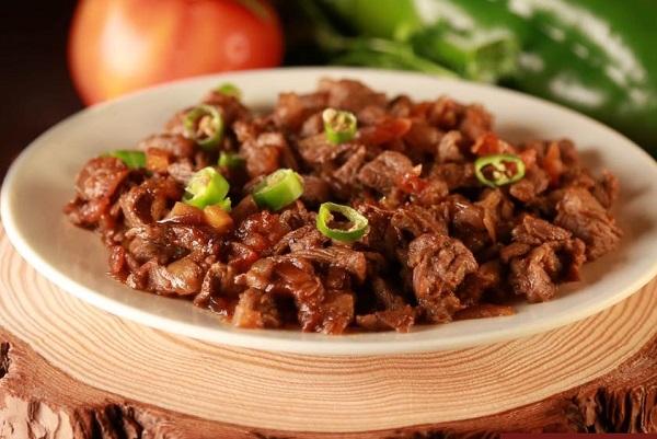 اللحم المقلقل الحجازي