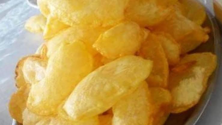 البطاطس المنفوخة المقلية