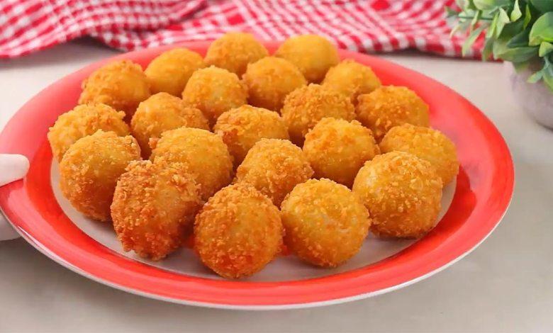 طريقة عمل كرات البطاطس المقرمشة بالجبنة