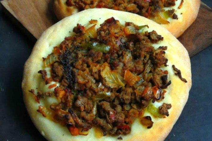 كيفية عمل يبتزا كرات اللحم من المطبخ السعودي