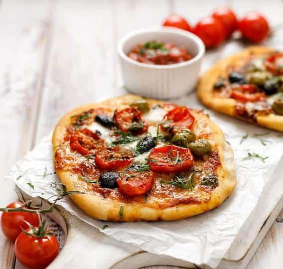 بيتزا العشر دقائق السريعة