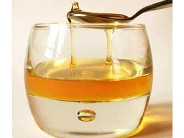 شرب الماء والعسل على الريق