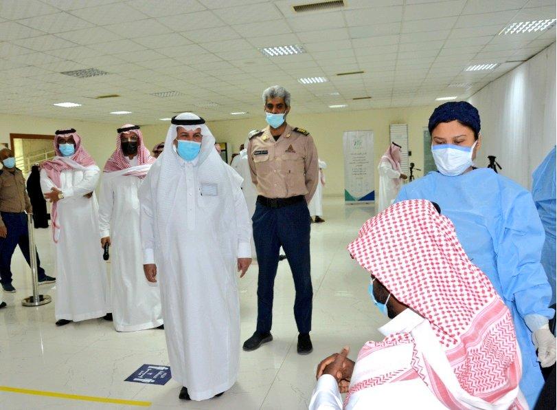 التعليم بالسعودية حضورياً العام الجديد ومدى أهمية أخذ اللقاح تنفيذاً للتوجيهات