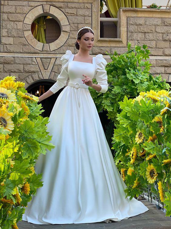 فساتين زفاف ملكية رقيقة 2021