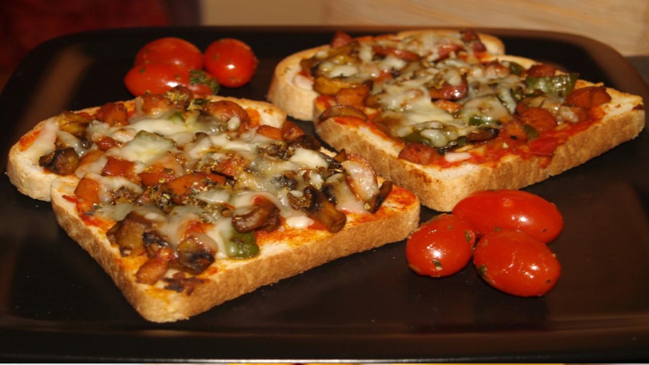 طريقة-تحضير-بيتزا-التوست