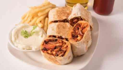 أسهل طريقة لعمل شاورما عربي على طريقة المطاعم تعرفي على سر الوصفة